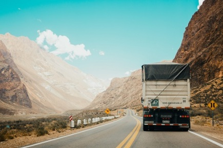 Why Is Telematics Important for the Global Supply Chain?